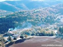 Vista de masia desde Puig Caritat