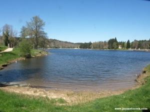 Lac des Montagnès - orilla